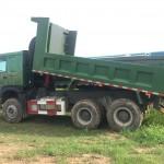 Xe tải ben Howo 3 chân có phù hợp ở quê hay không?