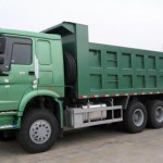 Xe tải thùng Howo 3 chân có điểm gì nổi bật
